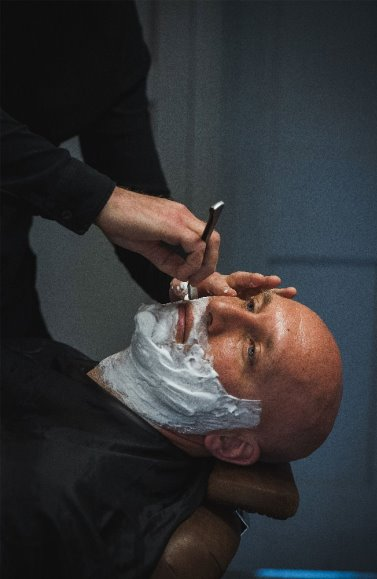 wet-shave-cut-throat-norwich